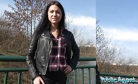 Public Agent – Jessica Lincoln Russian Waitress Fucked In Public
